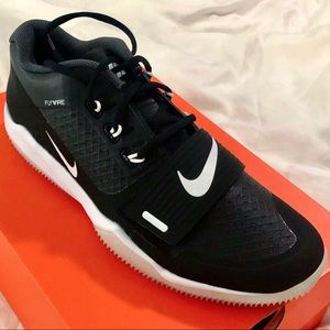NIKE ALPHA MENACE TURF LOW